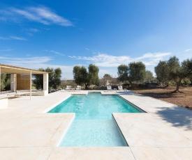 Carovigno Villa Sleeps 6 Pool Air Con WiFi