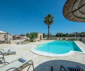 Castellana Grotte Villa Sleeps 16 Pool WiFi