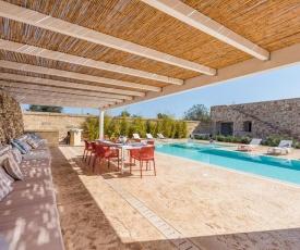 Corsano Villa Sleeps 10 Pool Air Con WiFi