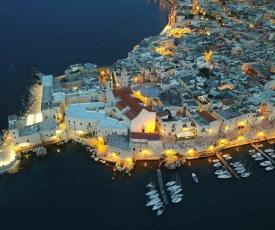 Porto di mare luxury home