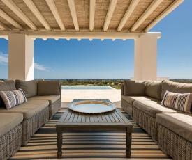 Manduria Villa Sleeps 8 Pool Air Con WiFi