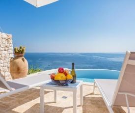 Marina di Marittima Villa Sleeps 4 Pool Air Con